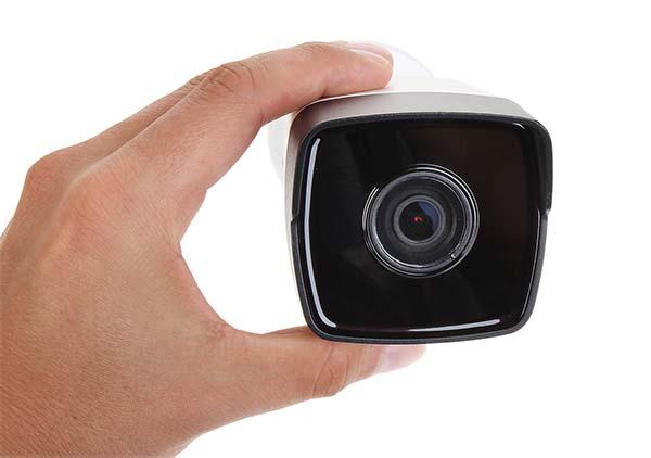 Camera Hikvision DS-2CD1001-I có ống kính 4mm (đặt hàng 2.8mm, 6mm)