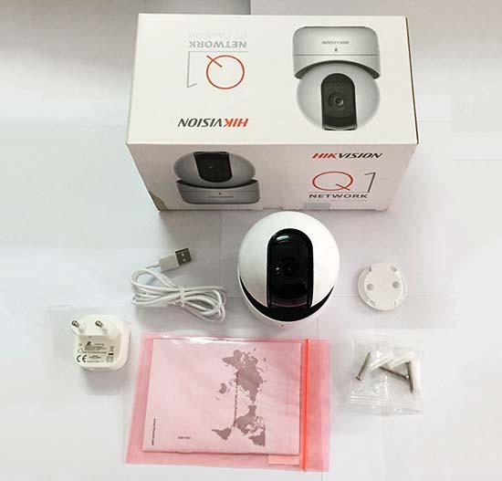 Hikvision DS-2CV2Q21FD-IW thiết kế màu trắng, tạo hình Robot cực cuốn hút