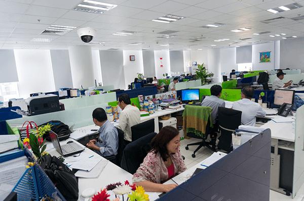 Lắp đặt camera giám sát văn phòng mang lại nhiều lợi ích thiết thực cho người quản lý